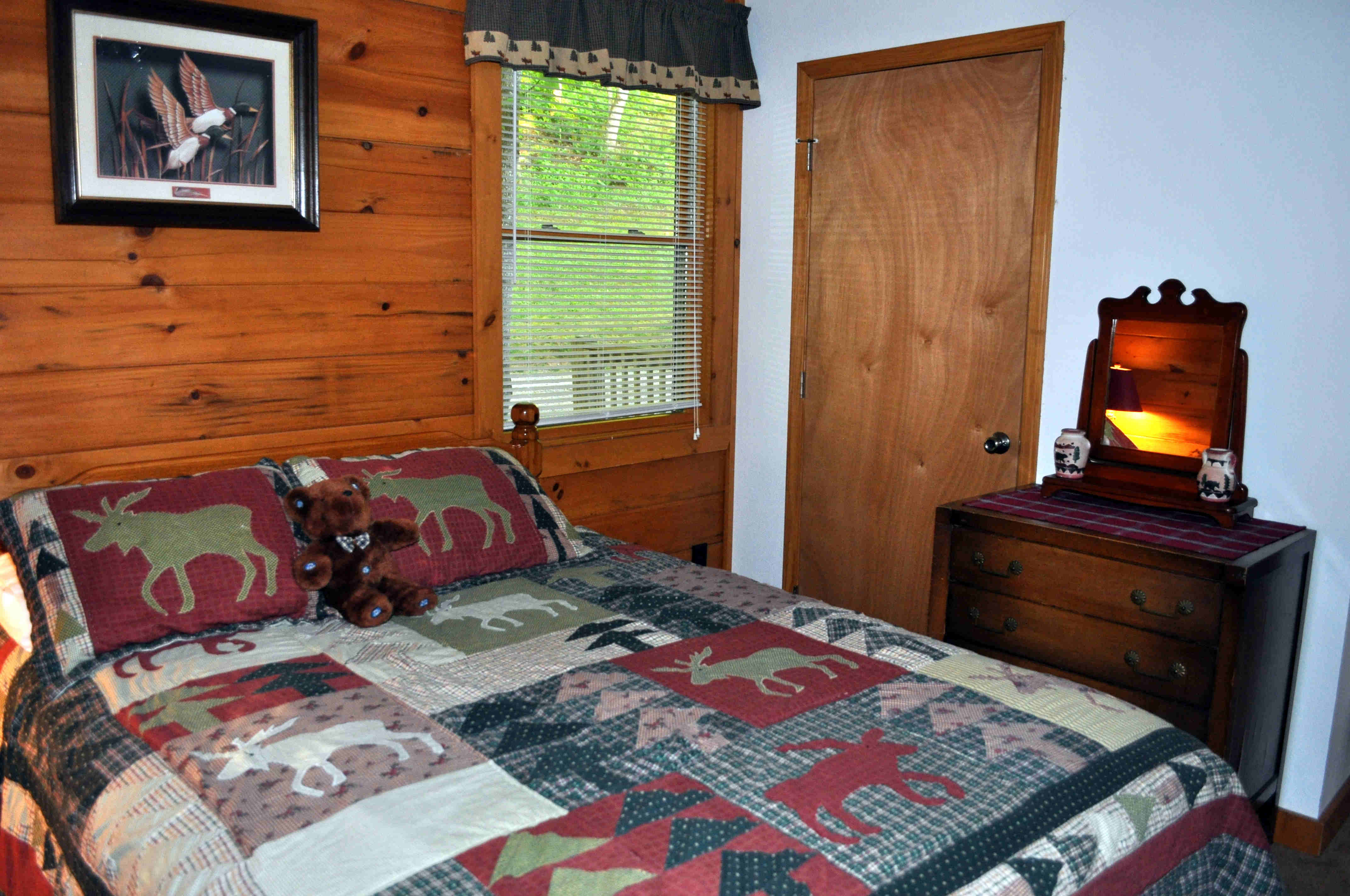 Cabin 3 Bedroom 2