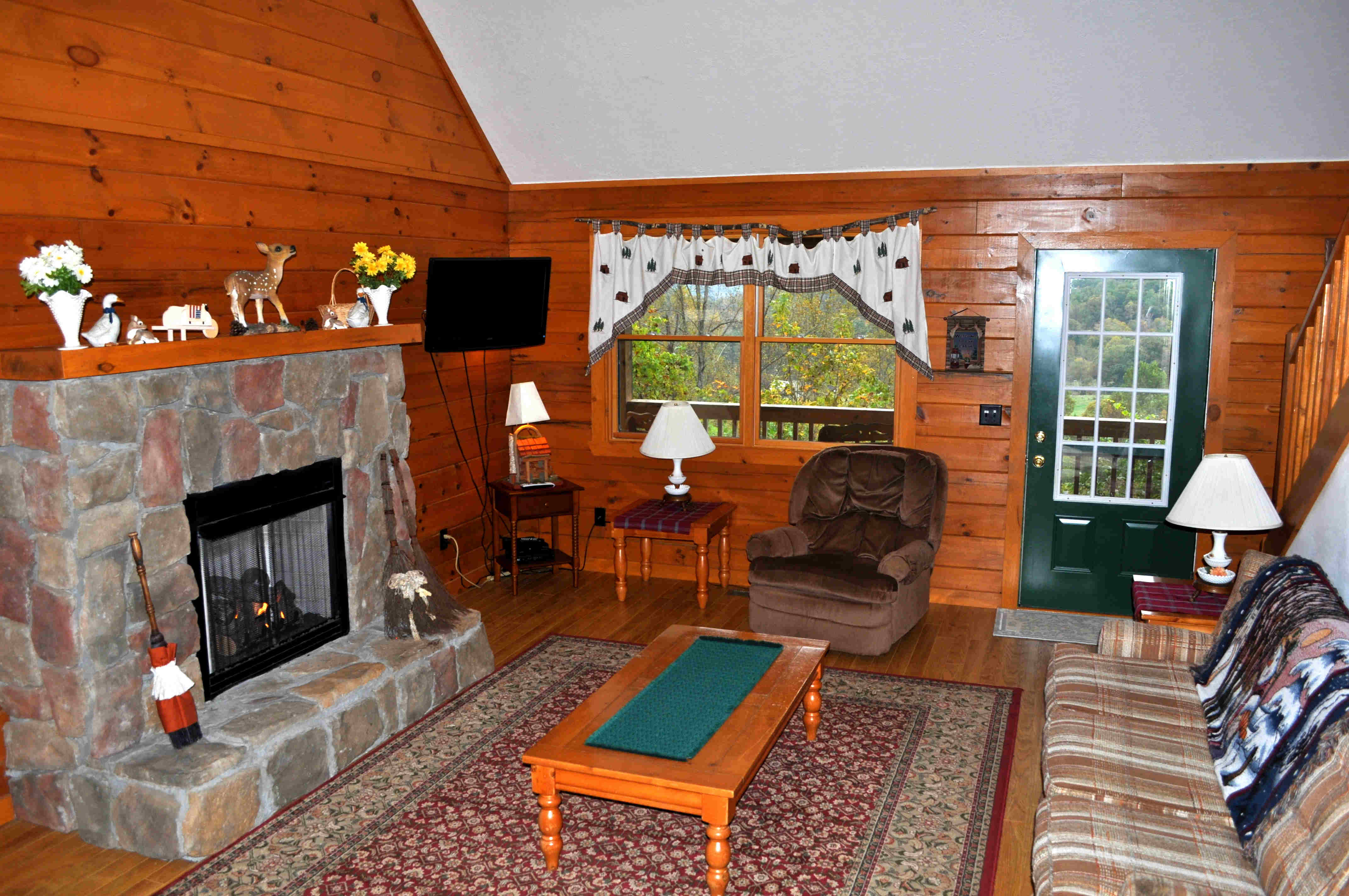 Cabin 3 Living Room