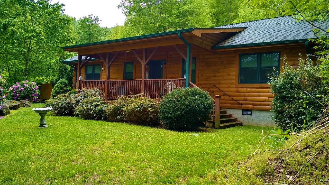 Cabin 5 Outside 2